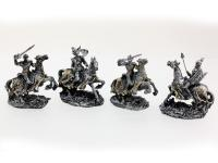 RESIN MEDIEVAL KNIGHT ON HORSE