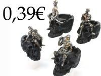 MED. KNIGHT ASHTRAY SKULL
